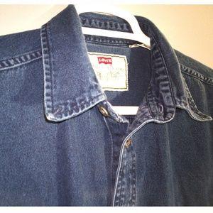 Levi's Red Tab men' Large denim shirt in dark blue